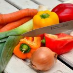 Как нужно хранить продукты, чтобы продлить их срок годности